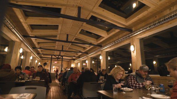 Guests dine in Dan's Diner on the Tundra Buggy® Lodge.