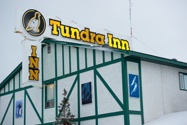 A hotel with a sign Tundra Inn
